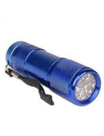 LINTERNA LED BLINDADA MINI CON PILAS